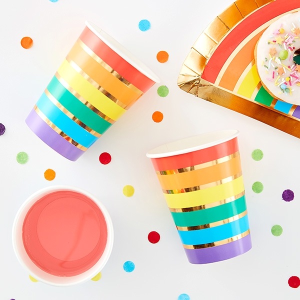 Regenbogen Partybecher, 8 Stück, Pappe