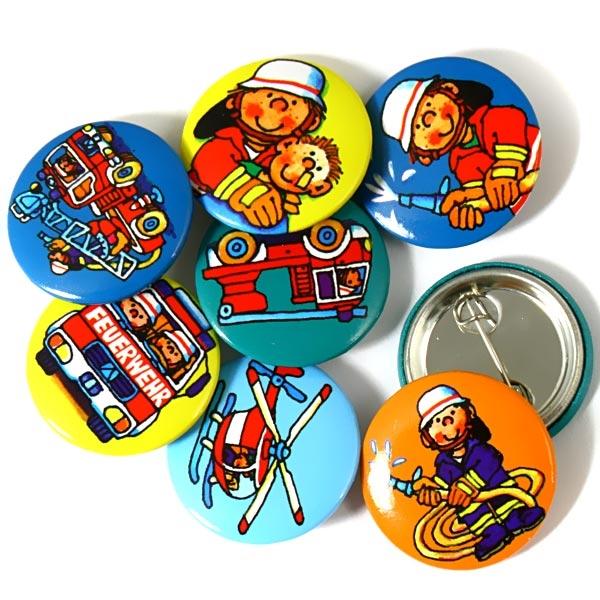 Feuerwehr-Mini-Buttons, Anstecker für Feuerwehr-Mottoparty, 8er Pack