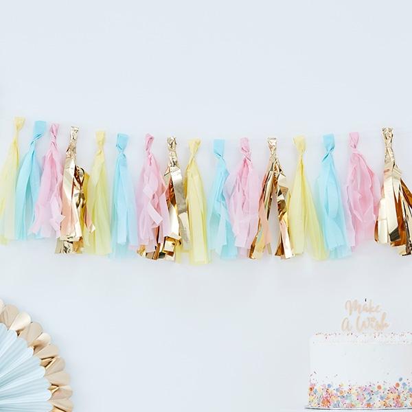 Quasten-Girlande in gelb, blau, rosa und gold, 2m