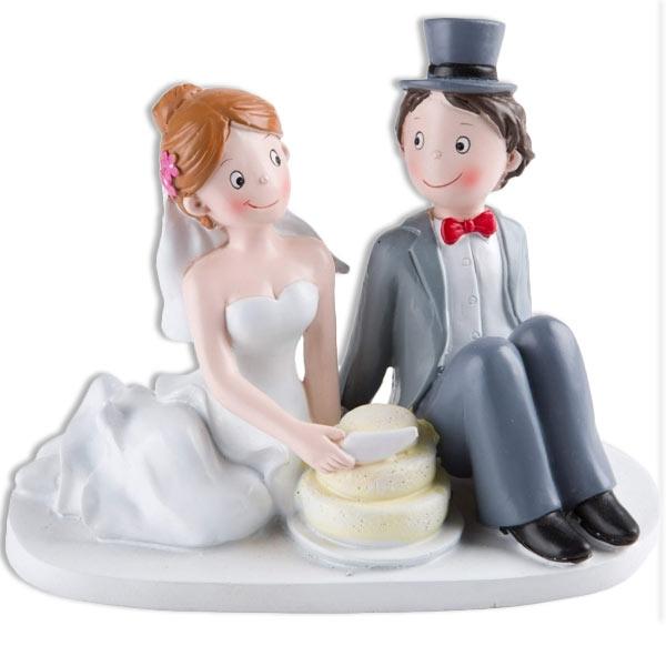 Hochzeitspaar beim Anschneiden der Torte - Dekofigur, sehr schön verarbeitet, aus Polyresin, 16cm x 13cm