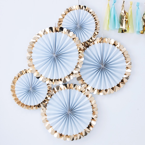 Fächerblumen in hellblau mit Gold, 5 Stück