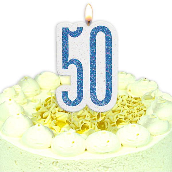 Geburtstagskerze als Zahl 50, in schimmerndem Blau aus Wachs